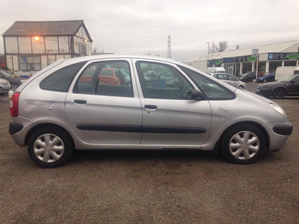 citroen xsara picasso 2 0 hdi sx 5dr silver 2002 in northwich cheshire gumtree. Black Bedroom Furniture Sets. Home Design Ideas