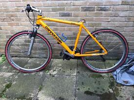 Cannondale F300 CAD2 mountain bike for sale