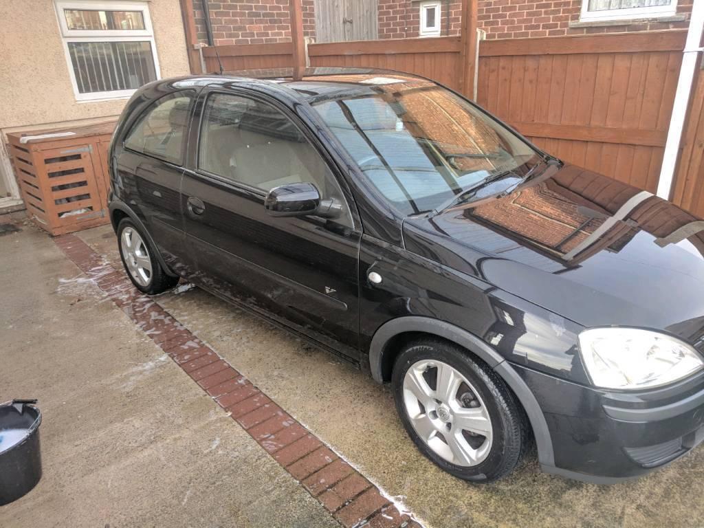 Vauxhall corsa 1.2 16v 2004 black
