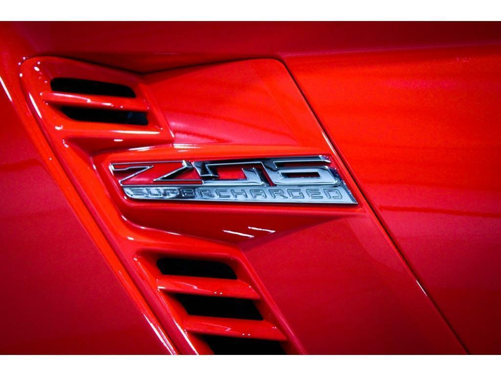 2017 Red Chevrolet Corvette Z06 3LZ   C7 Corvette Photo 10