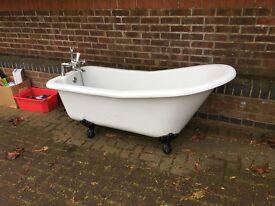 Victorian Style Roll Top Bath