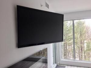 Installation de tv au mur - Support mural tv INCLUS