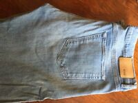 Hugo Boss Maine 1 Regular Fit Faded Jeans - 38W x 32L - slightly worn, very good condition