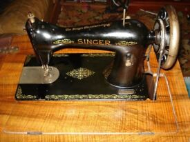 Singer sewing Table with Sewing machine in working order.