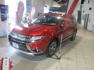 2016 Mitsubishi Outlander GT Nav for only 208+tax Bi-Weekly