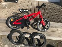 Frog 43' red child bike. Perfect first bike for child aged 3-6yrs. Comes with spare wheels and tyre.