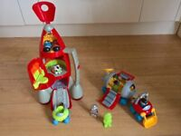 ELC Happyland Space Rocket plus extra Moon Base Playset. Excellent condition. Smoke/pet free.