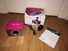 KITSOUND Clock Dock - iphone,ipod docking station/clock/alarm clock - Punk Pink