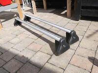 VAUXHALL VECTRA ROOF BARS GENUINE VAUXHALL