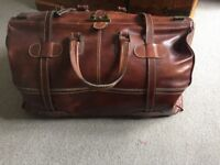 Genuine Bufalo leather travel bag