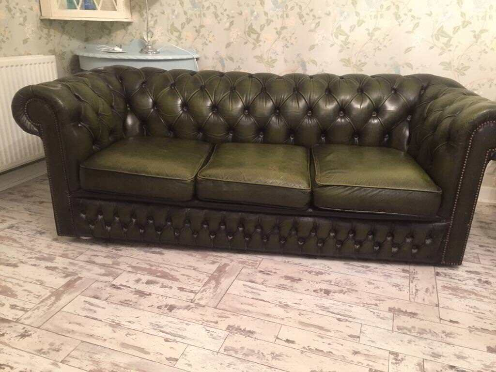 green chesterfield sofa in knightswood glasgow gumtree. Black Bedroom Furniture Sets. Home Design Ideas