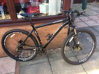 Specialized Rockhopper 2014 (Hardly Used) Mountain Bike