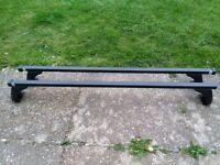 Roof bars Nissan X Trail - Cruz roof bars
