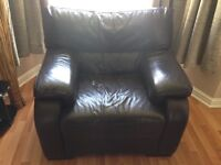 Brown Leather 3 Piece Suite & Matching Footstool