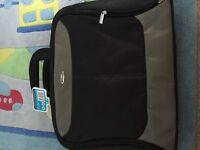 """15/17"""" laptop carrier bag"""