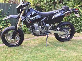 Suzuki drz 400 sm (2000 dry miles) IMMACULATE 2006