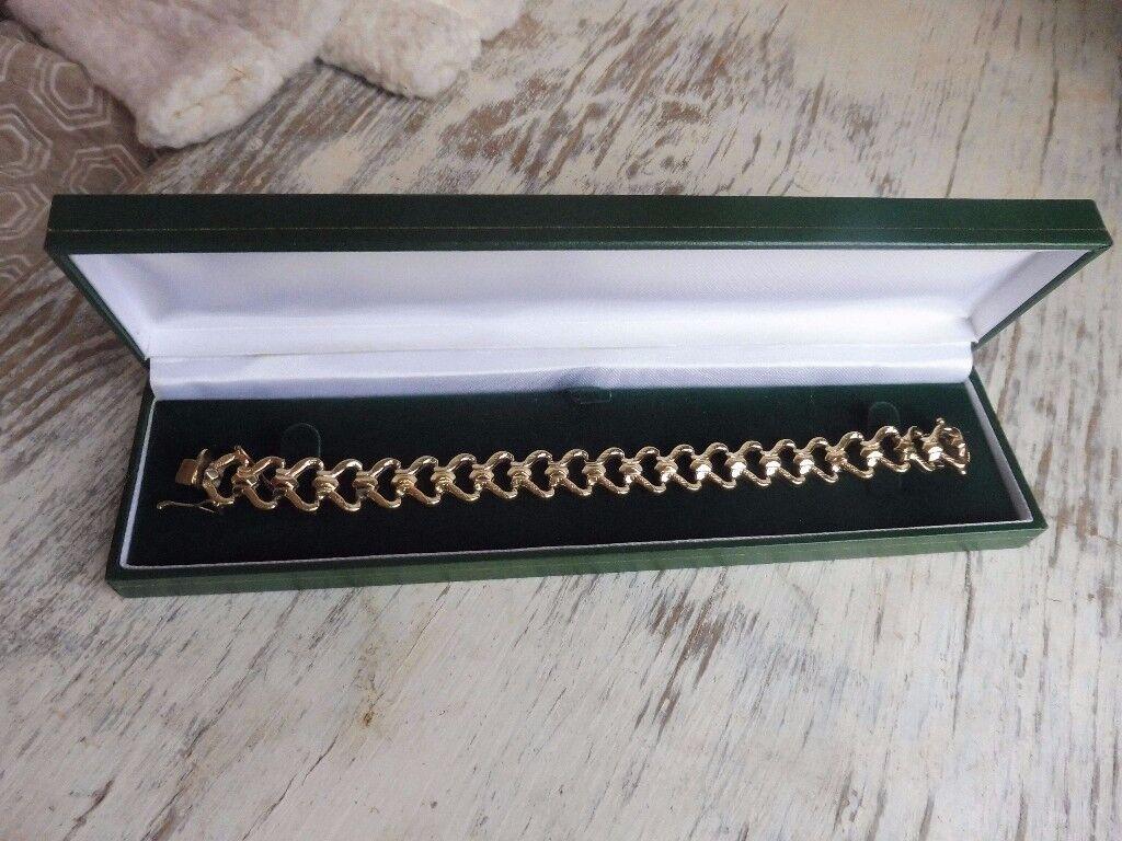 9ct gold ladies bracelet bespoke design fully hallmarked (16 grams)