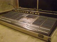 Yamaha M3000-48  in excellent condition!