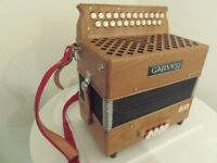Accordion/Button Melodeon GARVEY TAM2 * Hand Made Type Reeds * Easy to play * Excellent condition.