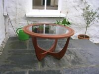 Teak coffee Table for sale in Excellent Condition.