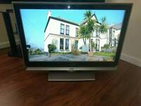 """Jvc 32"""" lcd tv with freeview good condition"""