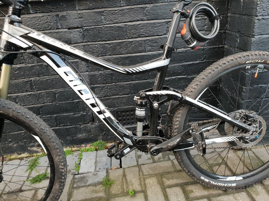 Giant Trance 4 Downhill Mountain Bike Used Handfull Of Times In