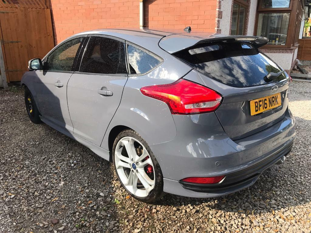 2016 16 ford focus st 3 2 0 turbo 250bhp petrol damaged. Black Bedroom Furniture Sets. Home Design Ideas