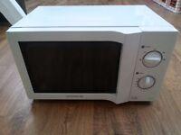 daewoo microwave 800w nice compact size easy to use