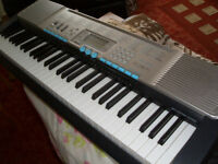 LARGE CASIO 'light up keys' KEYBOARD..plus