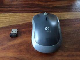 Computer Mouse / Logitech / Wireless / Grey