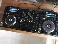 2x Pioneer CDJ 2000 Nexus Decks + DJM 900 Nexus Mixer