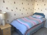 Single room with private toilet and shower for short or long term rent