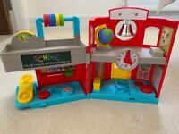 Fisher Price Little People Friendly School (as new)