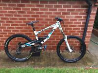 Lapierre 722 Downhill bike