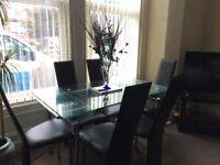 Dining table and 6 chairs high gloss black can be extended