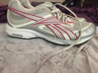 Train tone excellent condition gym shoes uk3