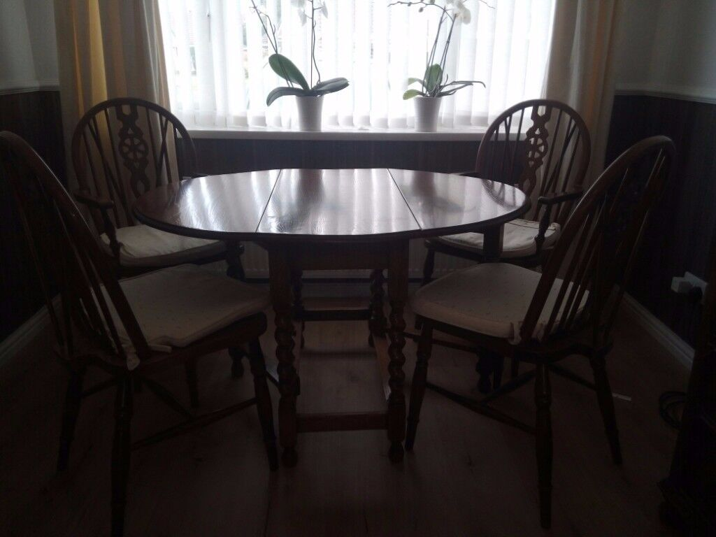 Oak Table with Barley Twist legs, and 4 Chairs - Drop leaf style