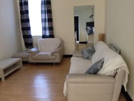 2 BEDROOM HOUSE FULLY FURNISHED TO LET!!
