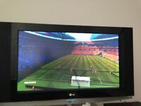 Xbox 1 plus FIFA and 12 downloaded games