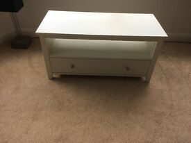Quality White lounge units with drawer