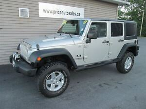 2007 Jeep Wrangler UNLIMITED - 4X4 - HARD TOP