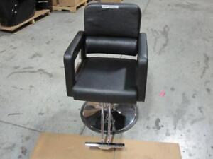 SALON HYDRAULIC STYLING CHAIR - BRAND NEW IN THE BOX