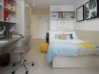 STUDENT ROOMS TO RENT IN LIVERPOOL. DOUBLE BED AND OWN EN-SUITE SHOWER ROOM AND SPACIOUS DESK SPACE
