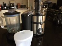 Juicer and Blender, brand new and unused. EGL 2-in-1, with jug