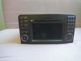 Mercedes Benz Navigation system Radio CD FM AM Bz9831