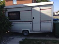 2 Berth folding caravan with Awning. Ready to Camp.