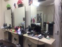 Hairdressing mirror £70 all 3 for £200