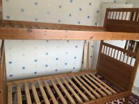 BUNK BED WITH ALL PIECES LADDER AND BARRIER FOR THE TOP BUNK
