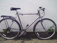 Raleigh Pioneer hybrid - 23 inch light frame