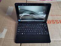 Acer S1003 touchscreen Laptop & Bag Win 10